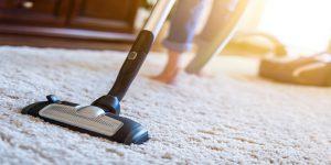 جارو زدن صحیح فرش