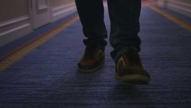 روش های نو کردن فرش - با کفش ها روی فرش نروید