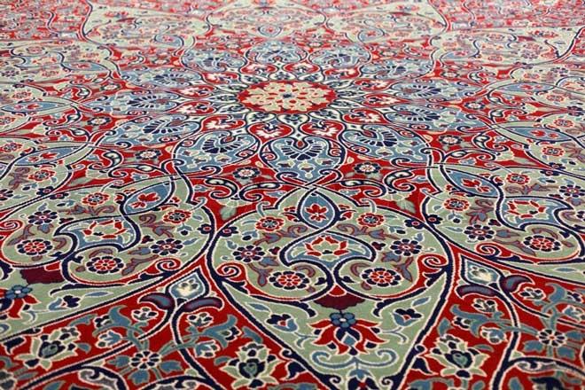 طرح و نقش فرش دستباف